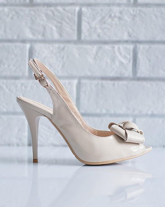 Летние свадебные босоножкина высоком каблуке.