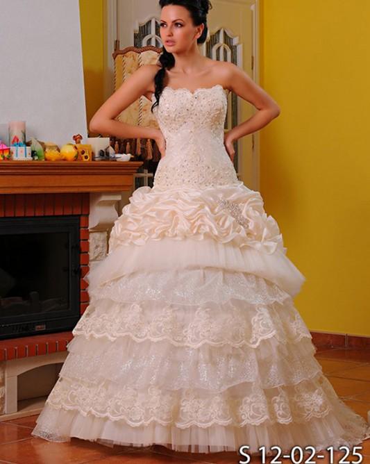 Роскошное свадебное платье трансформер, расшитое бисером.