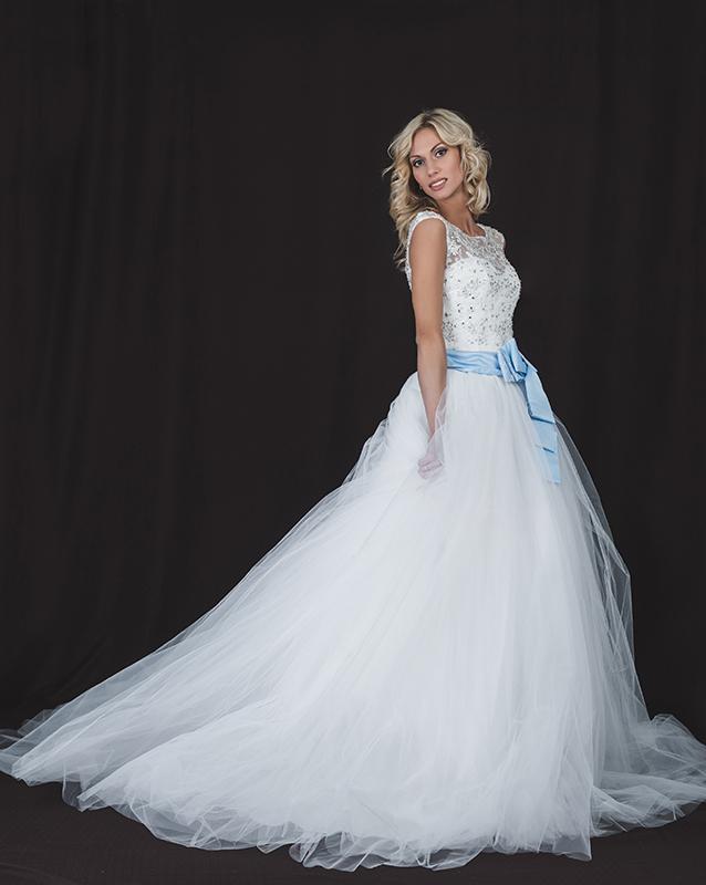 Свадебное платье: 5052 - купить   В белом - свадебный салон
