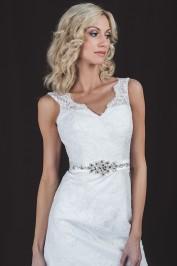 Прямое свадебное платье, расшитое узорами 2