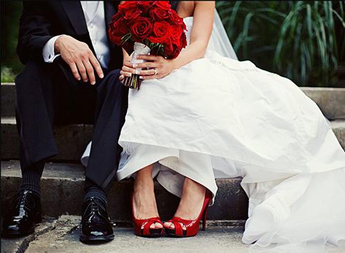 белые свадебные туфли 2015