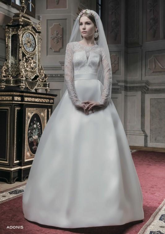 Изумительное пышное свадебное платье.