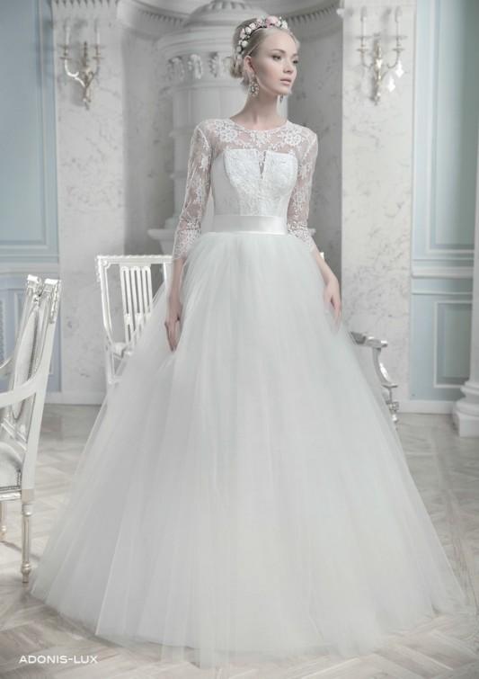 Потрясающее пышное свадебное платье.