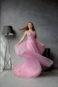 Очаровательноедлинное вечернее платье.