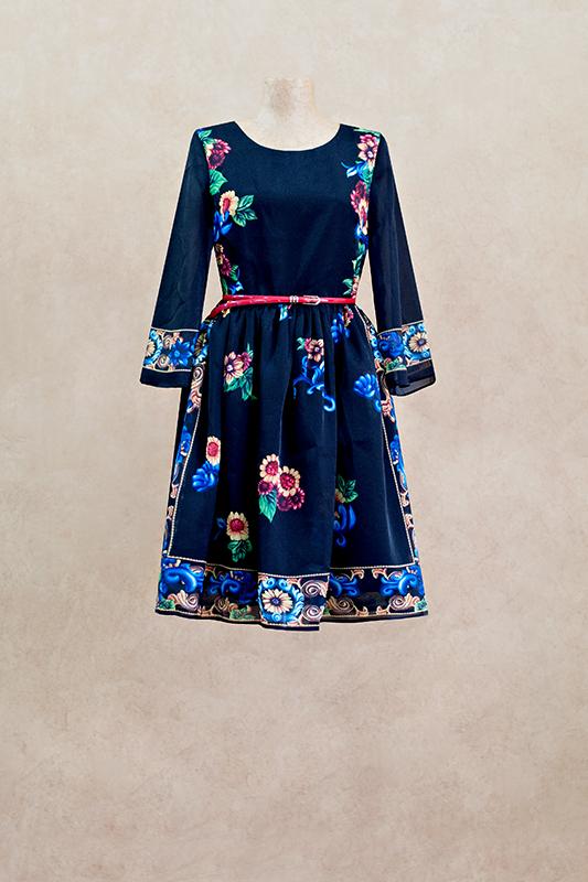 Романтичноекороткоевечернее платье.