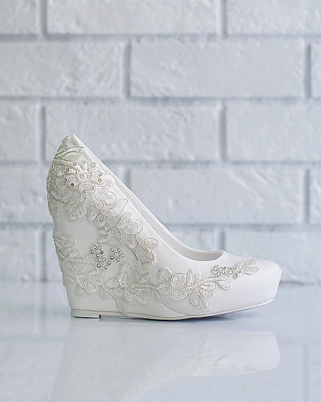 3100d7ec4 Свадебные туфли: 526-A7183 - купить в свадебном салоне -