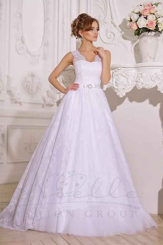 Восхитительное свадебное платье А силуэта.