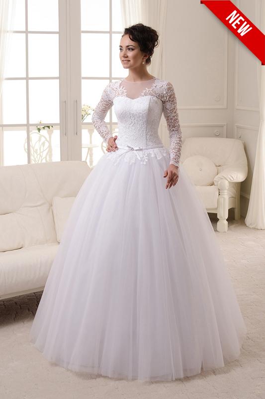 Свадебное платье в кружевах.