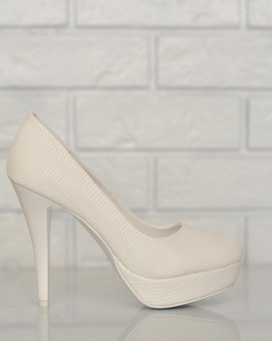 Высокие свадебные туфли на платформе.