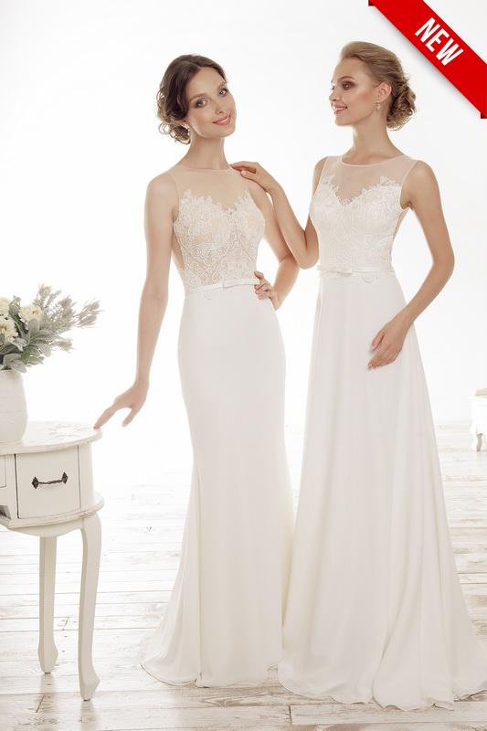 Открытое свадебное платье с блестками.