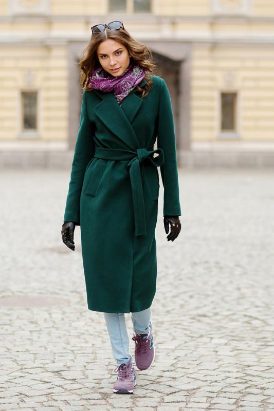 Пожалуйста уточняйте наличие размеров и цветов пальто по тел 570 75 61