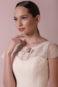 Воздушное летнее свадебное платье.