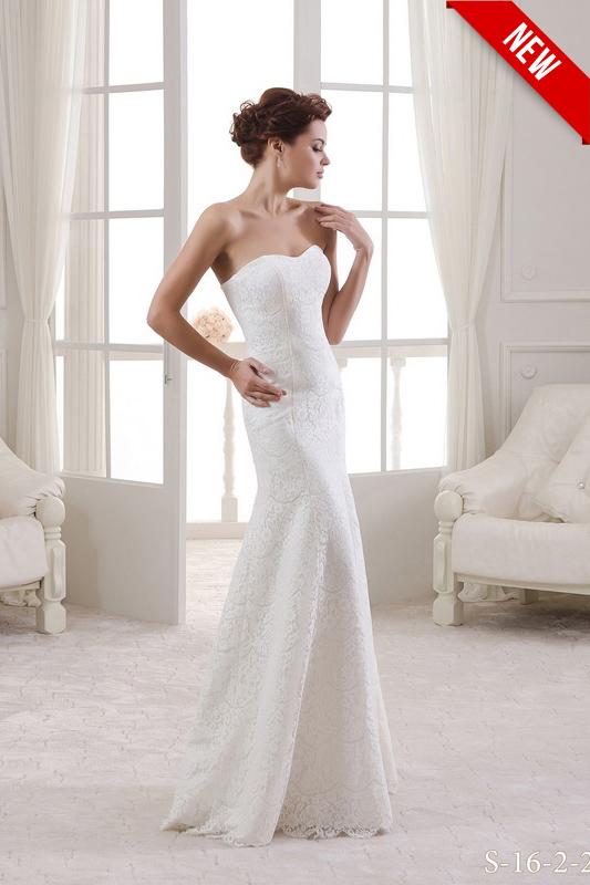 Свадебное платье в стиле старого Голливуда.