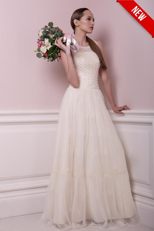Летящее летнее свадебное платье.