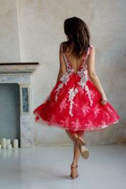 Пышное платье средней длины Y001 — фото 2
