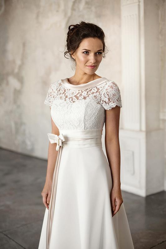 9d42a201951192a Свадебное платье: Романтика купить в свадебном салоне -