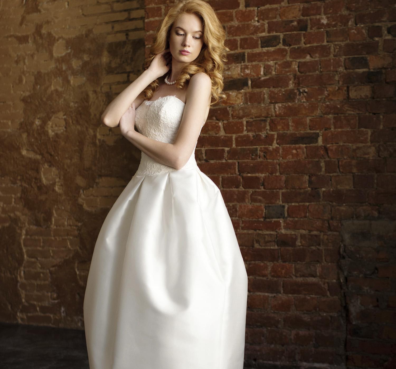 b0e734830e4 Купить свадебные платья в СПб в салоне – «В Белом»
