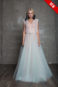 Воздушное свадебное платье.