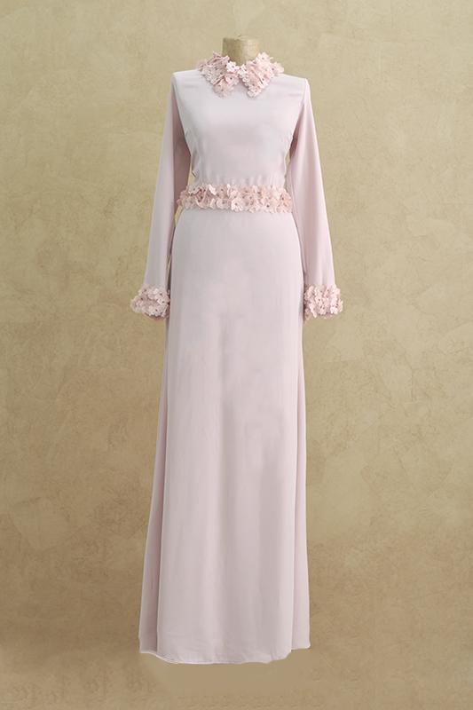 Розовое вечернее платье в стиле старого Голливуда.
