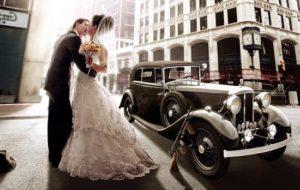 avto-dlya-retro-svadbi-v-stile-chikago