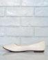 Простые и лаконичные туфли на низком каблуке.