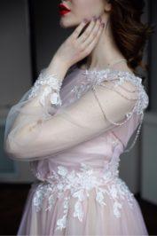 Закрытое свадебное платье А-силуэта Эльза